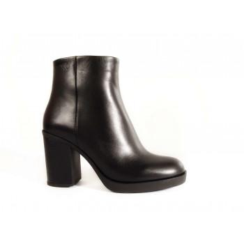 Женские ботинки  Viko 1143-21BLKA01W