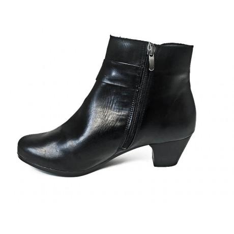 Ботинки модельные